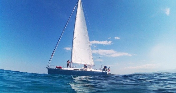 Rental Sailboat in Golfo Aranci - Hanse Hanse 400