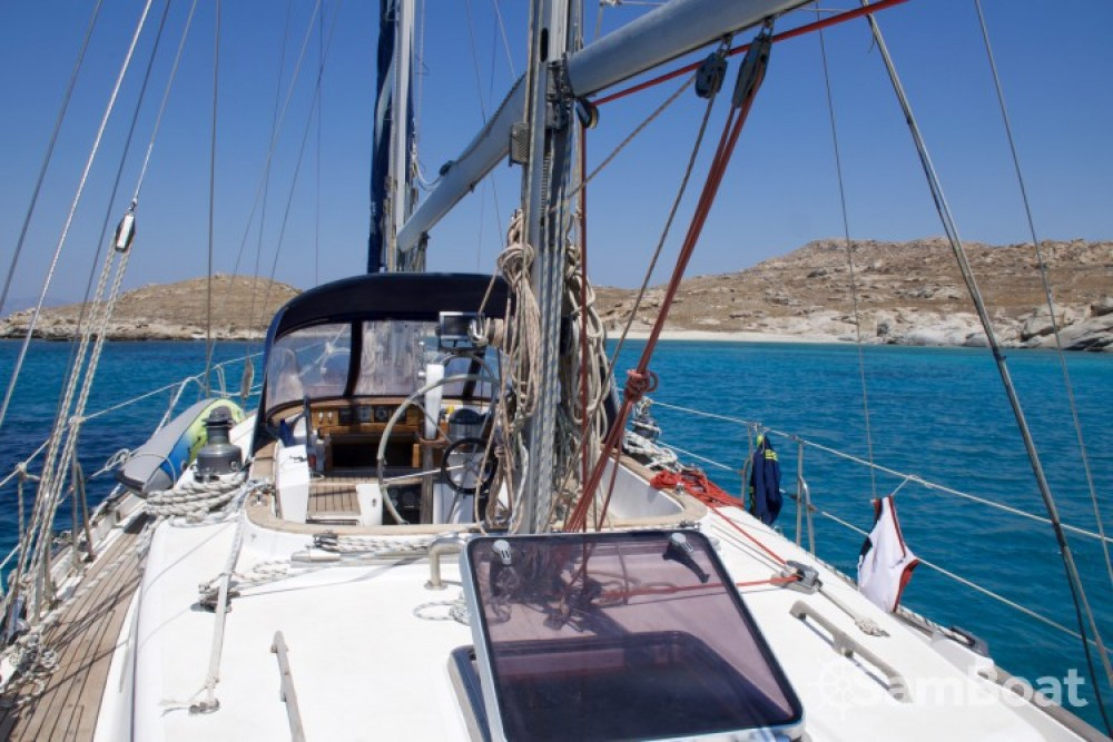 Hire Sailboat with or without skipper Xiam-Hong-Kong Marseille