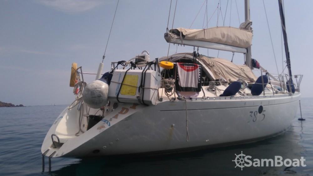 Rental Sailboat in Villefranche-sur-Mer - Bénéteau First 38 S5