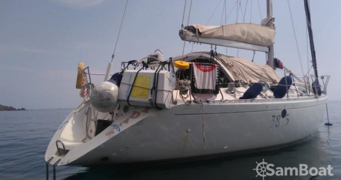 Bénéteau First 38 S5 between personal and professional Villefranche-sur-Mer