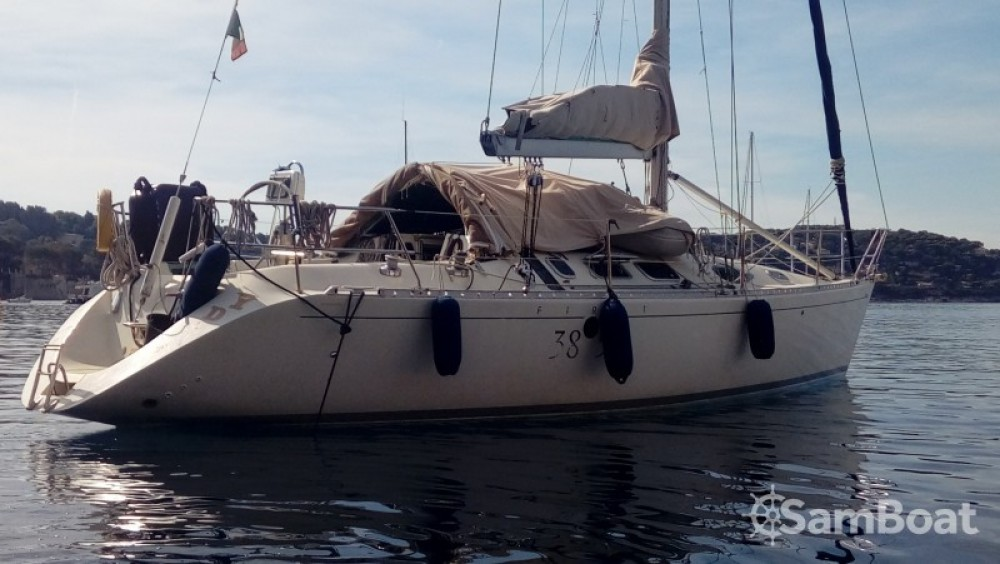 Sailboat for rent Villefranche-sur-Mer at the best price