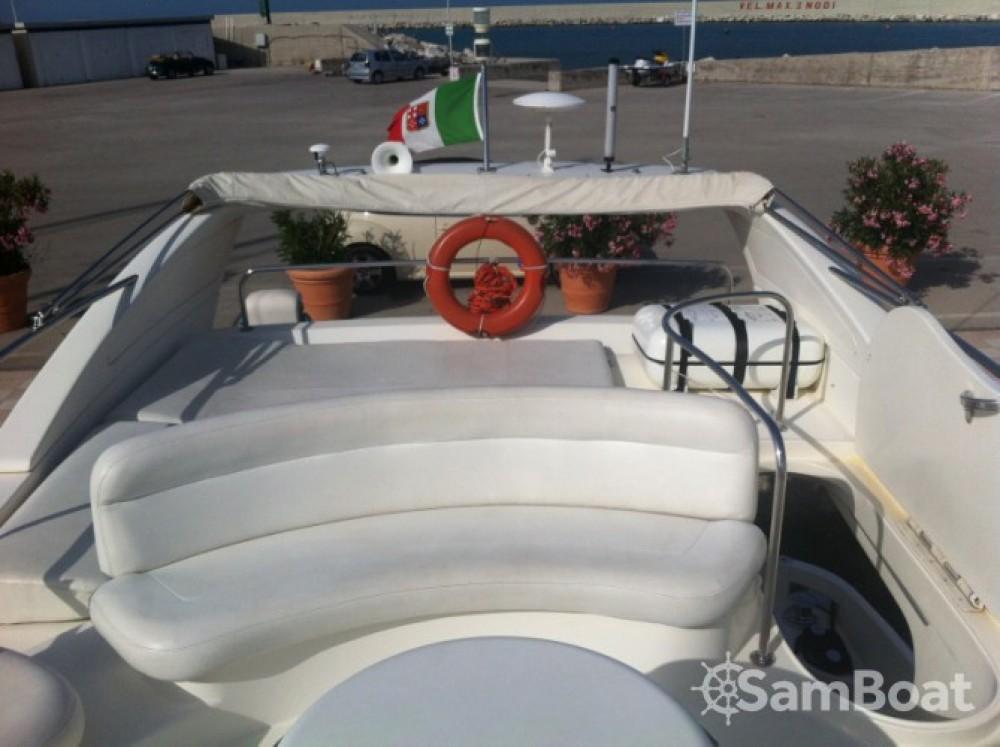 Rental yacht Porto San Giorgio - Azimut Azimut 46 on SamBoat