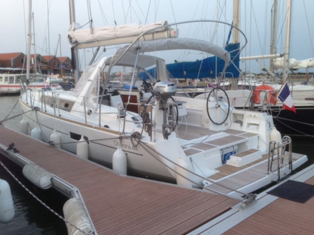 Boat rental Santiago cheap Oceanis 41
