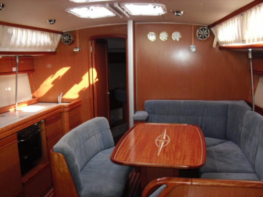Hire Sailboat with or without skipper Bavaria Grado