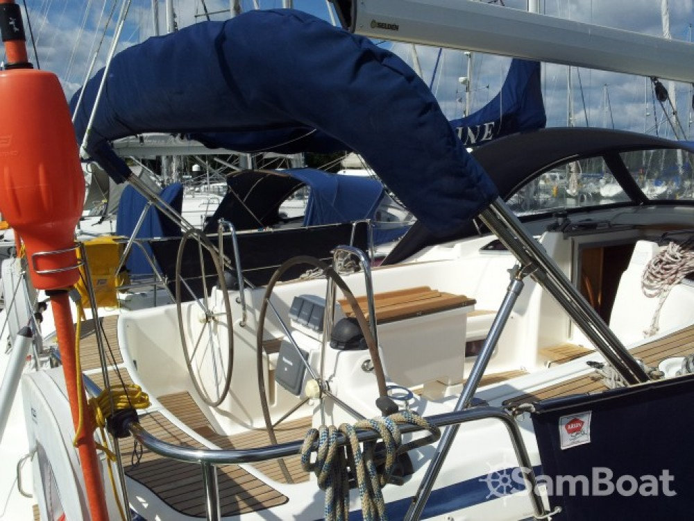 Hire Sailboat with or without skipper Bavaria Eastleigh