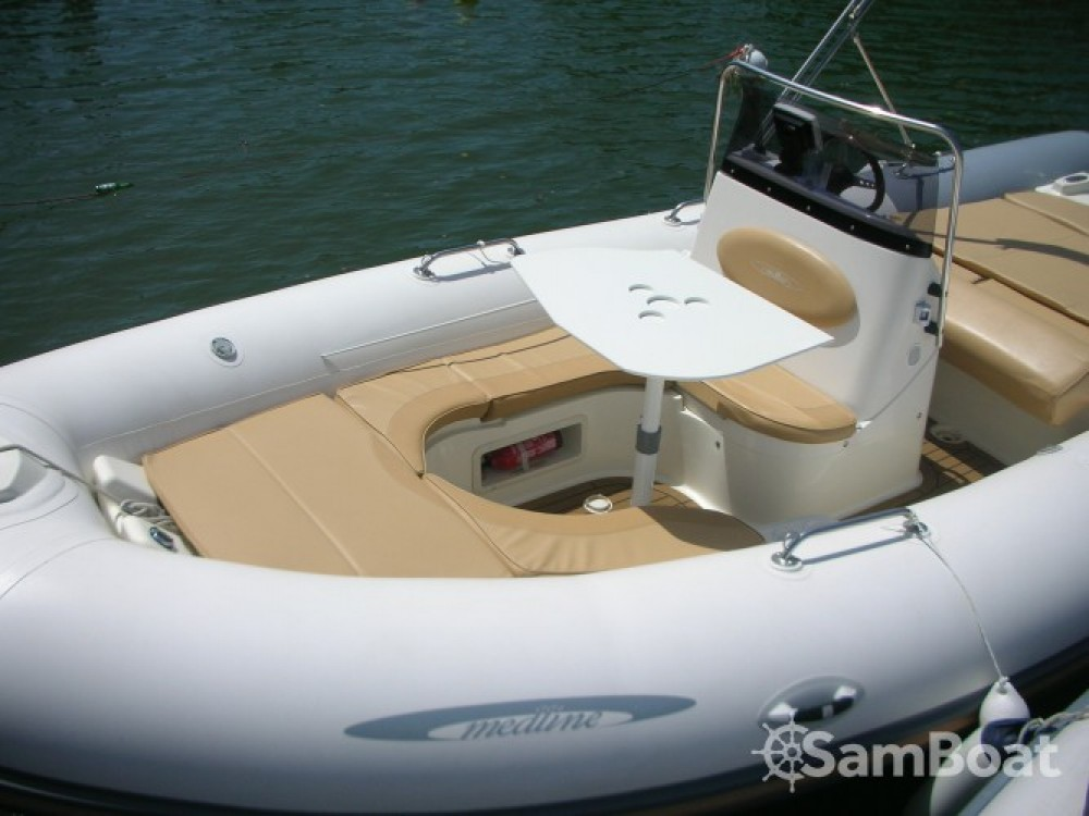 Boat rental Hyères cheap Medline