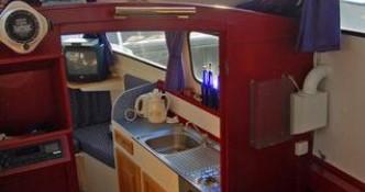 Rental Motorboat Ten-Broeke with a permit