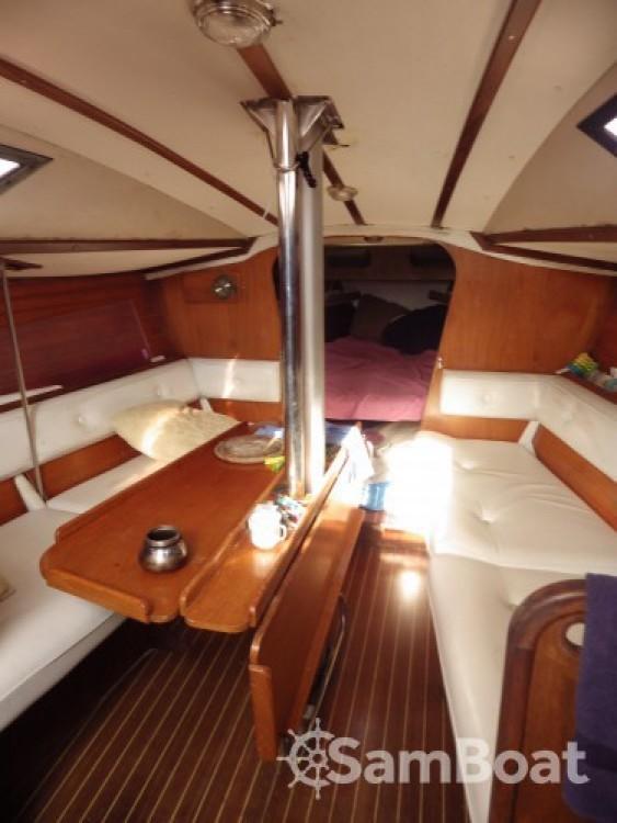 Rental yacht Marseille - Jeanneau Selection 37 on SamBoat