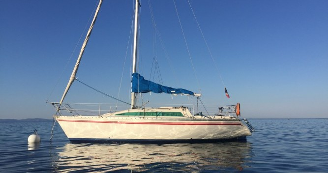 Boat rental Jeanneau Rush in Ajaccio on Samboat