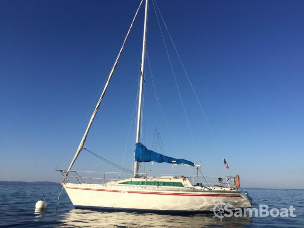 Rental Sailboat in Ajaccio - Jeanneau Rush