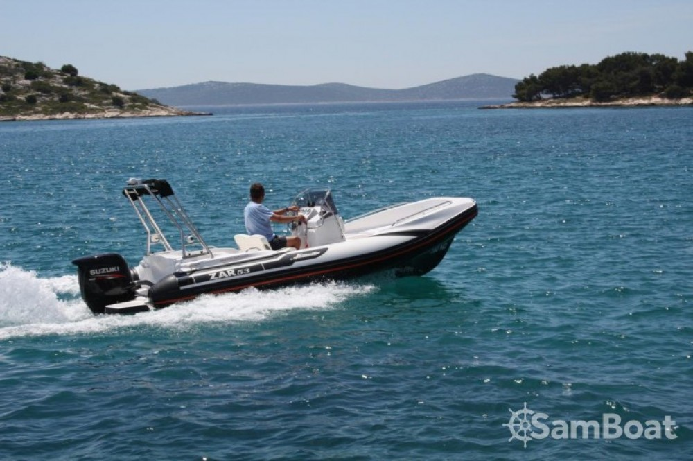 RIB for rent La Rochelle at the best price
