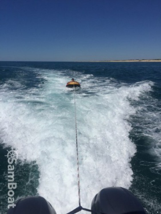 Jeanneau Merry Fisher 855 between personal and professional Capbreton