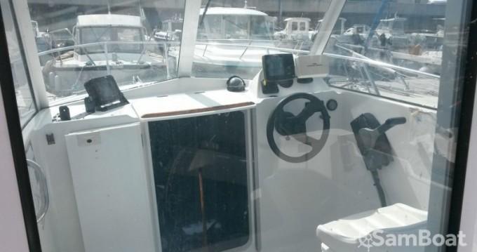 Rental Motorboat in Grandcamp-Maisy - Bénéteau Antares 600