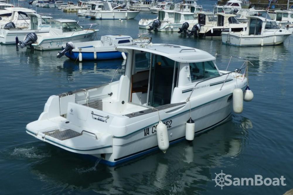 Rental yacht Sarzeau - Jeanneau Merry Fisher 695 on SamBoat