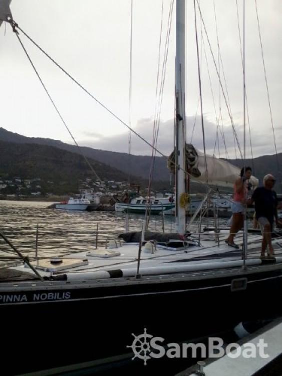 Boat rental Jeanneau Sun Kiss 47 in Saint-Cyprien on Samboat