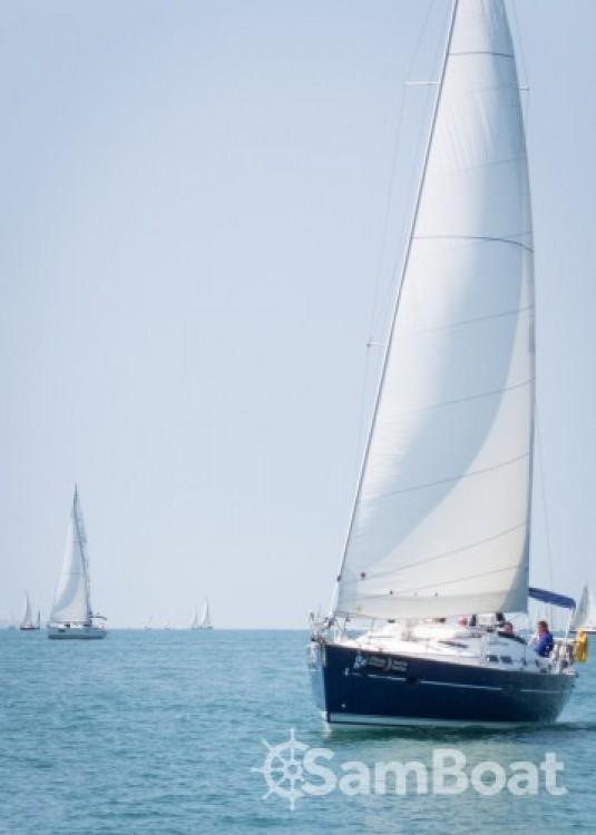 Boat rental Eastleigh cheap Oceanis 423
