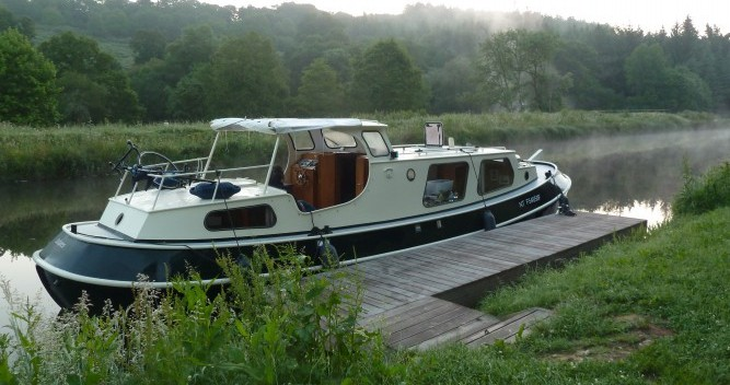 Hire Canal boat with or without skipper Bies Saint-Nicolas des Eaux