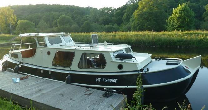 Rental yacht Saint-Nicolas des Eaux - Bies Motortjalk Bies on SamBoat