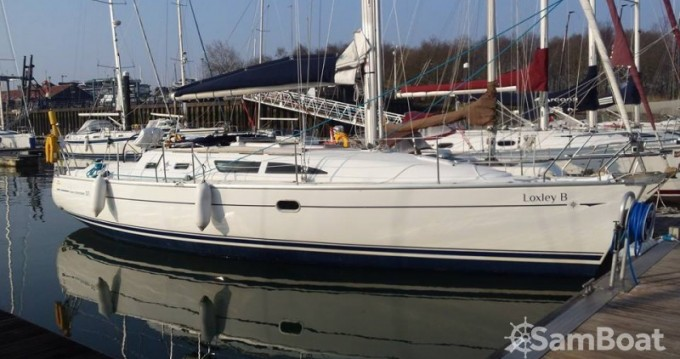 Jeanneau 37 between personal and professional Hamble-le-Rice