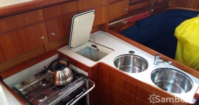 Boat rental Dehler 39 SQ in Hamble-le-Rice on Samboat