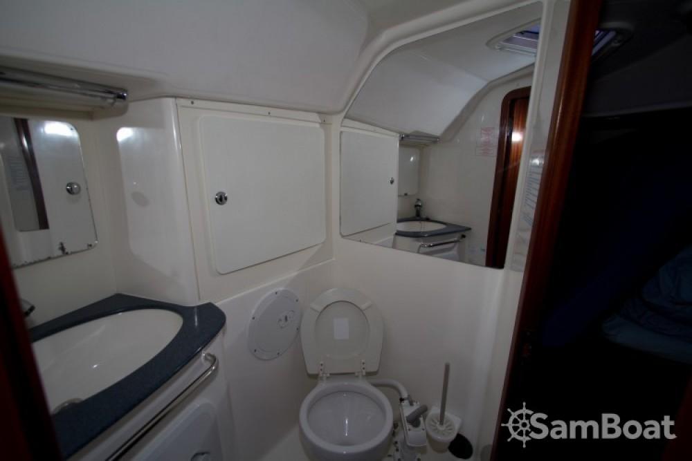 Boat rental Eastleigh cheap Bavaria 36
