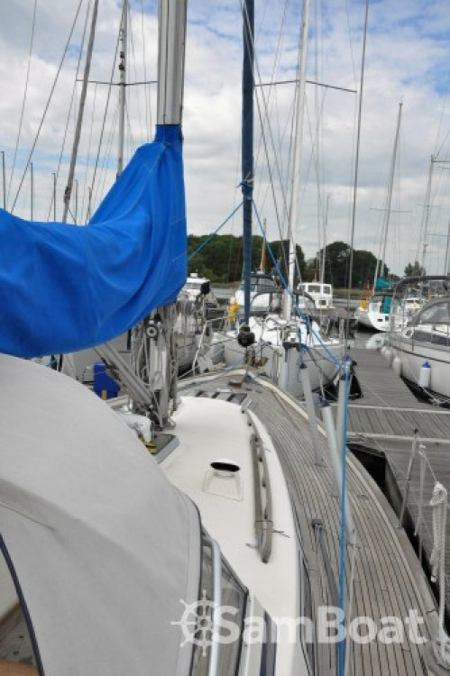 Hire Sailboat with or without skipper Hallberg-Rassy