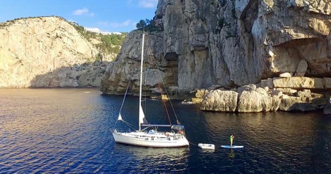 Rental yacht Santa Pola - Bavaria Bavaria 36 on SamBoat