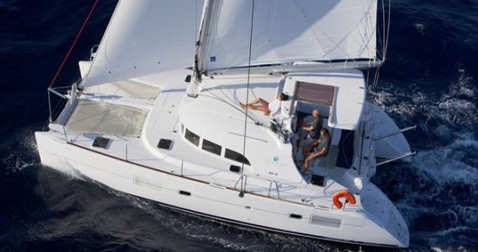 Rental Catamaran in Propriano - Lagoon Lagoon 380