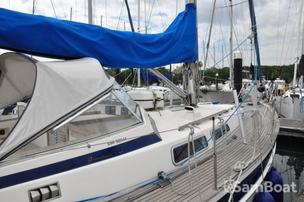 Hallberg-Rassy Hallberg Rassy 36 between personal and professional