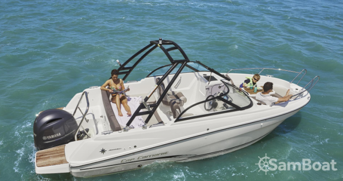 Boat rental La Rochelle cheap Cap camarat BR