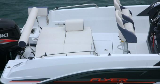 Boat rental Bénéteau Flyer 7.7 SPACEdeck in Ajaccio on Samboat
