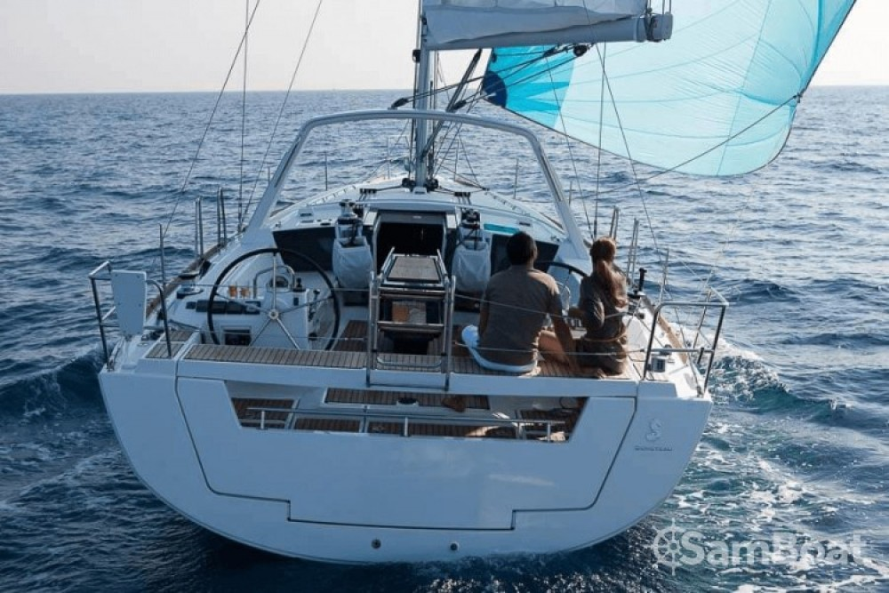Hire Sailboat with or without skipper Bénéteau Ajaccio