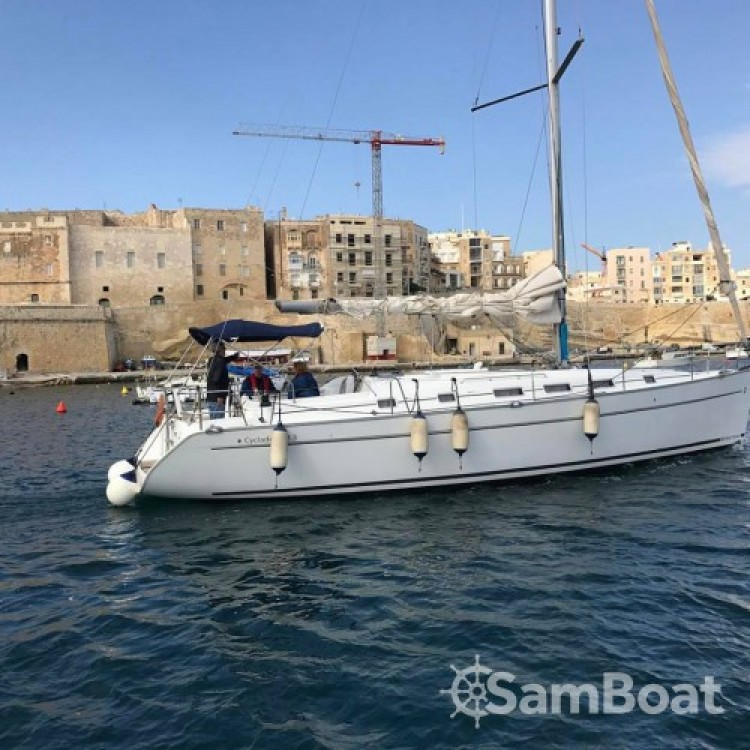 Rental Sailboat in Kalkara - Bénéteau Cyclades 43.3
