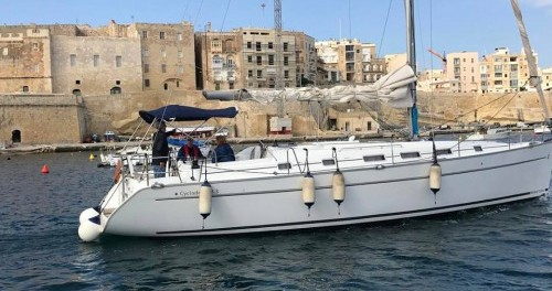 Hire Sailboat with or without skipper Bénéteau Il-Kalkara