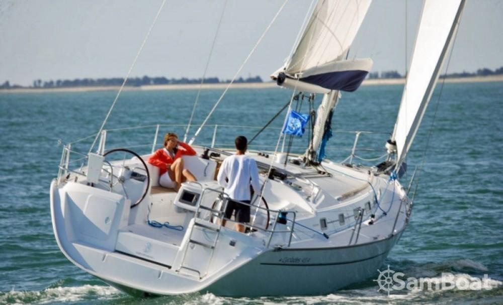 Rental yacht Kalkara - Bénéteau Cyclades 43.3 on SamBoat