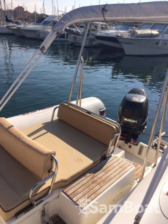 Boat rental Hyères cheap Coaster 650