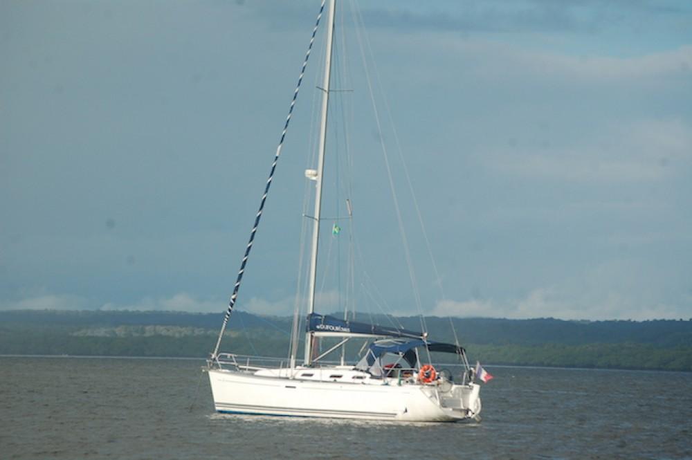 Rental Sailboat in Carqueiranne - Dufour Dufour 385 Grand Large