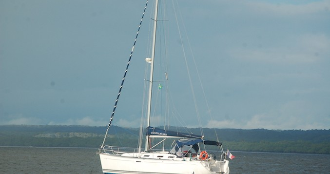 Rental yacht Carqueiranne - Dufour Dufour 385 Grand Large on SamBoat