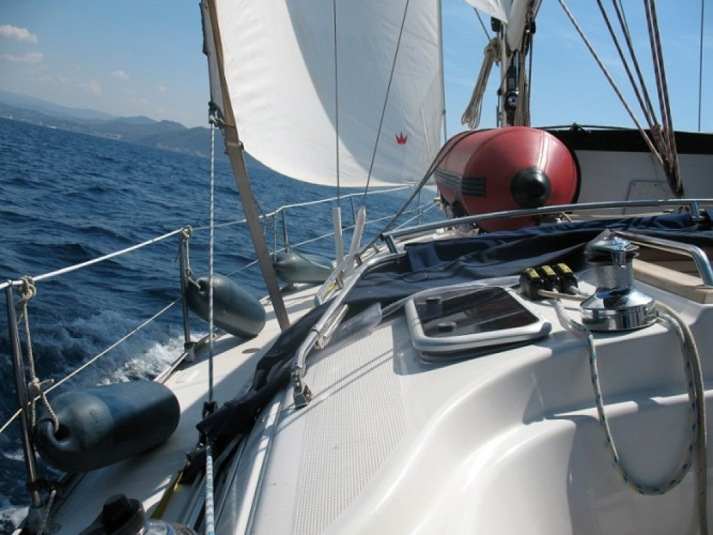 Bavaria Cruiser 38 between personal and professional Grimaud