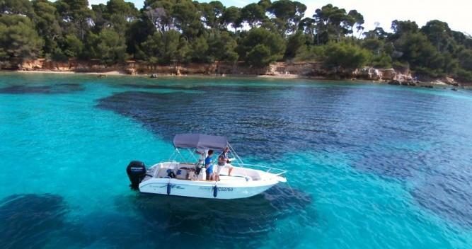 Rental Motorboat in Mandelieu-la-Napoule - Conero sunny