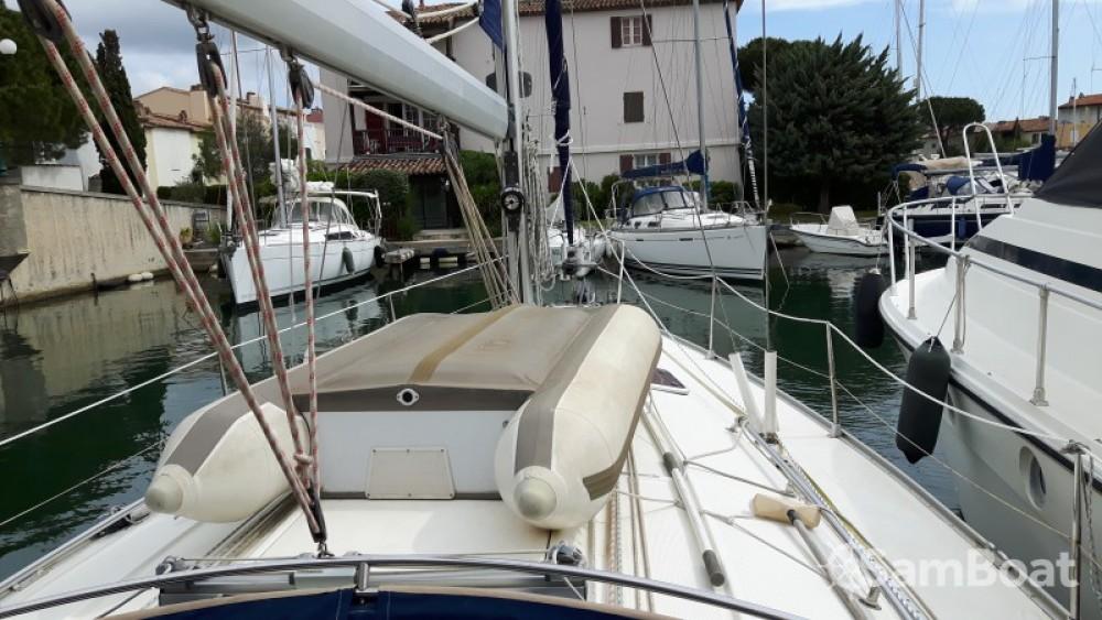 Rent a Bavaria Cruiser 38 Grimaud