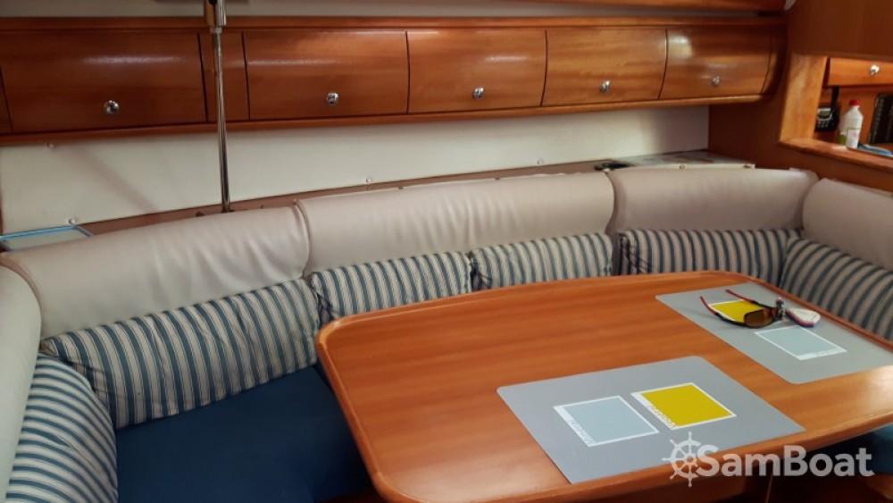 Rental Sailboat in Grimaud - Bavaria Cruiser 38
