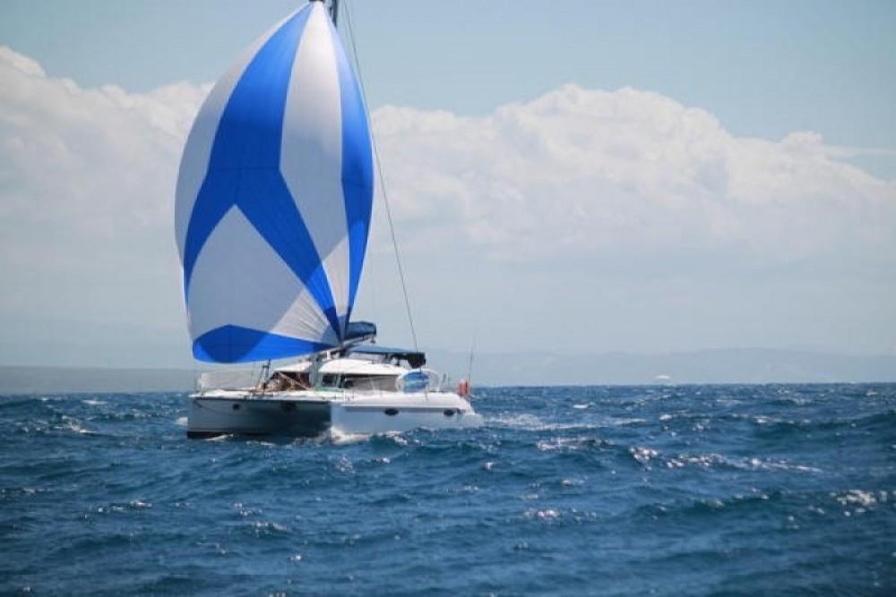 Hire Catamaran with or without skipper Fountaine Pajot Porto-Vecchio