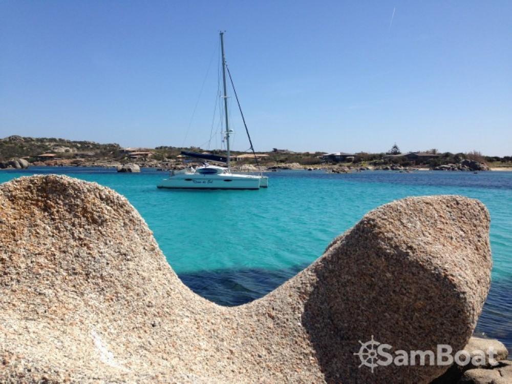 Rental yacht Porto-Vecchio - Fountaine Pajot Lavezzi 40 on SamBoat