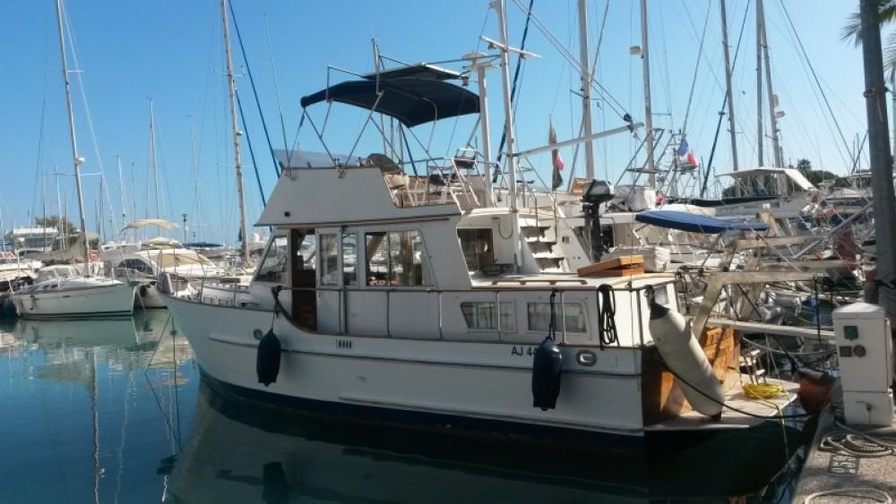 Rental yacht Villeneuve-Loubet - Island Gypsy Island Gypsy 36 on SamBoat