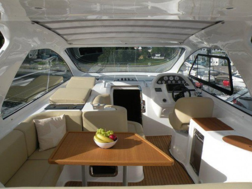 Rental yacht Cannes - Bavaria Bavaria 38 Hard Top on SamBoat