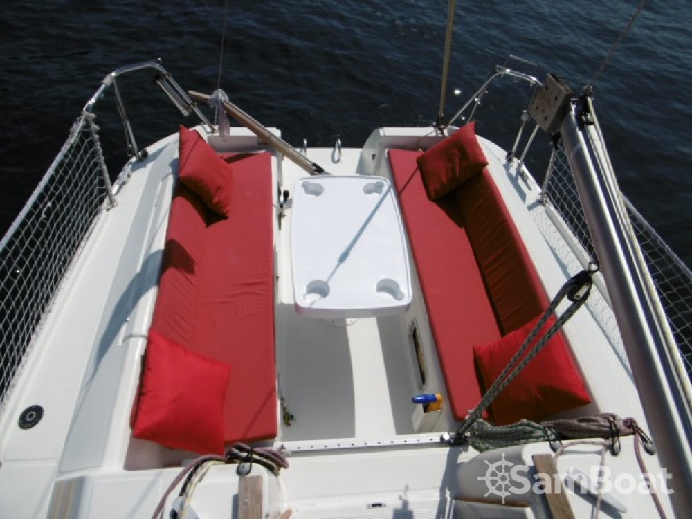 Boat rental Jeanneau Sun Way 25 in Golfe-Juan on Samboat