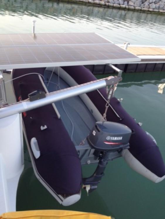 Rental Catamaran in La Rochelle - Fountaine Pajot Lavezzi 40