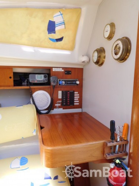 Rental Sailboat in Golfe-Juan - Jeanneau Sun Way 25