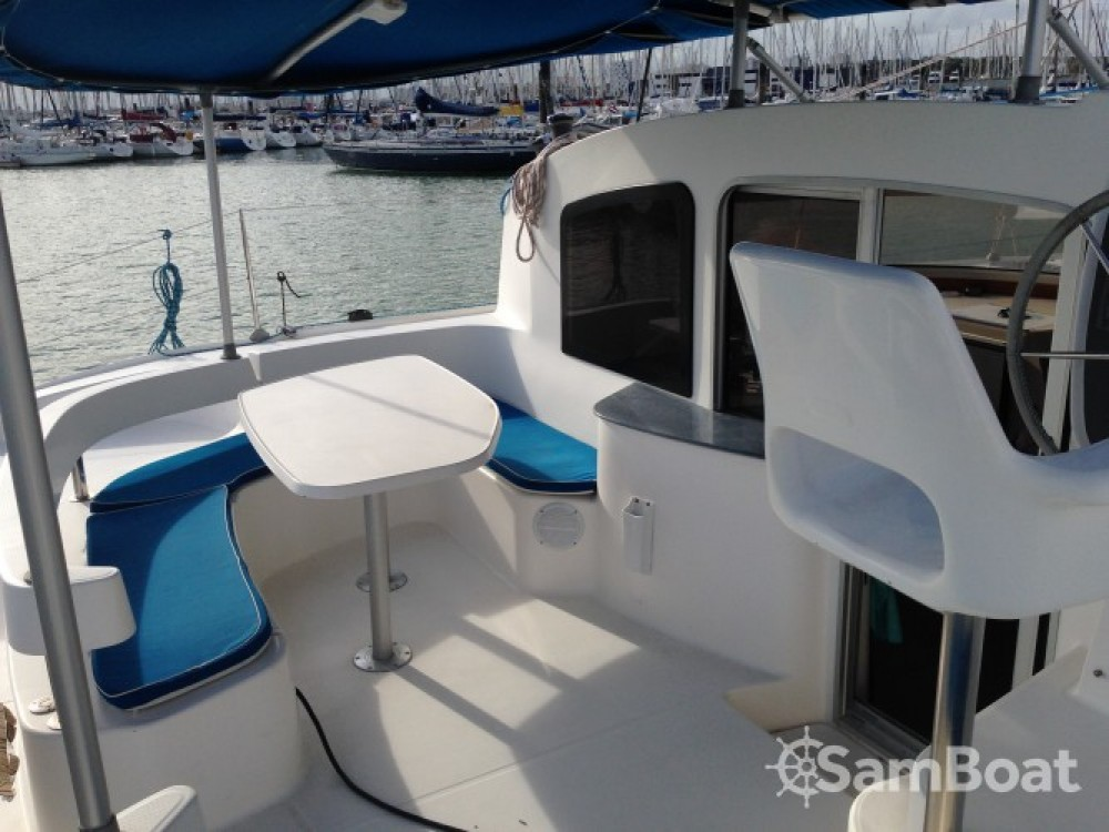 Hire Catamaran with or without skipper Fountaine Pajot La Rochelle